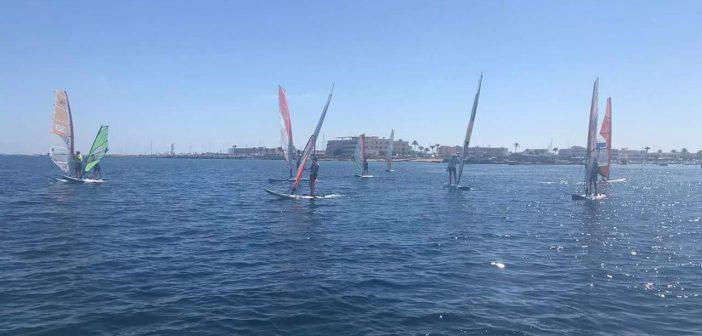 Mateo Sanz lidera l'estrena de la Lliga de Windsurf de Formentera